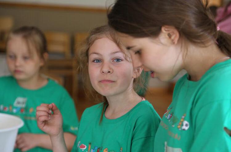 Barn lär sig om matens och motionens betydelse för välmåendet på 48 matskolor featured image