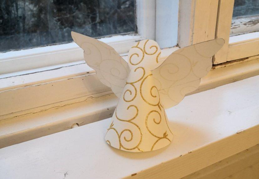 Pyssla en enkel ängel av tapetrester featured image